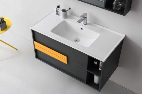 ארון אמבטיה שחור דגם אורליקון עם ידיות כתומות