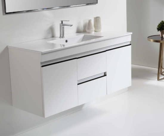 ארון אמבטיה דגם עמית מודרני